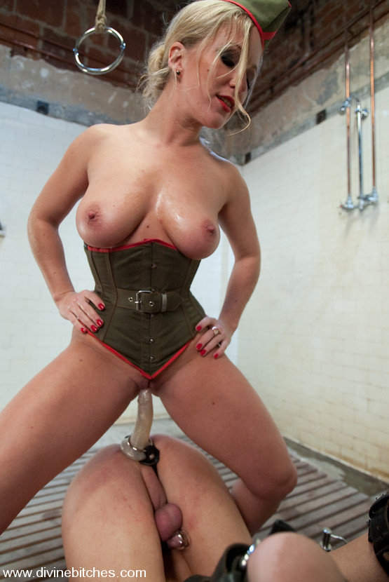 Young japanese slave in crazy toilet humiliation 8