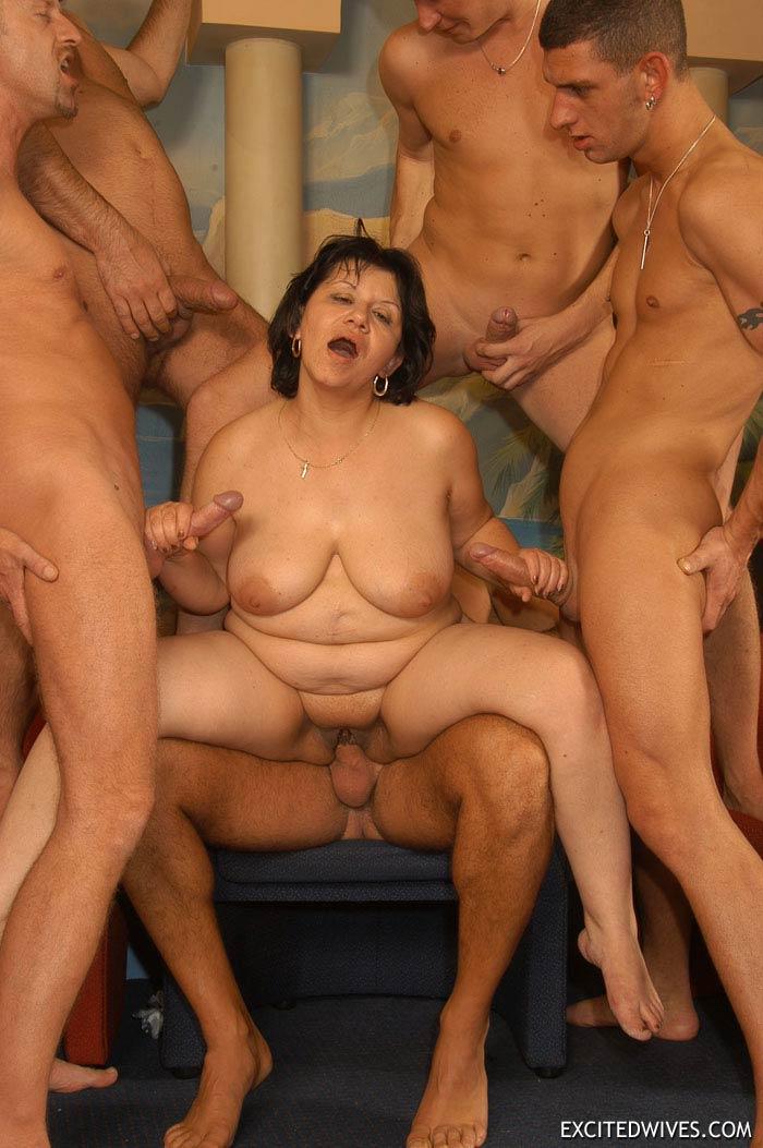 ro tag mature orgie