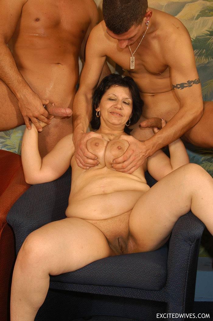 Exotic nudist girl