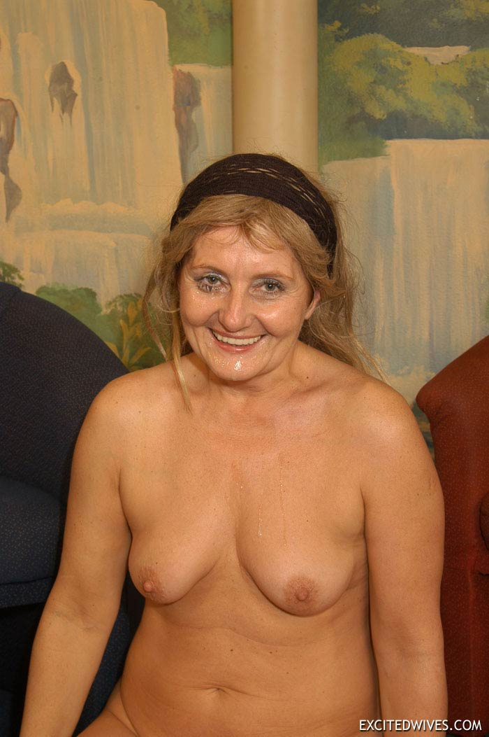 Plump mature grannies willingly taking a part in dirty orgy party. Tags:  Gangbang,