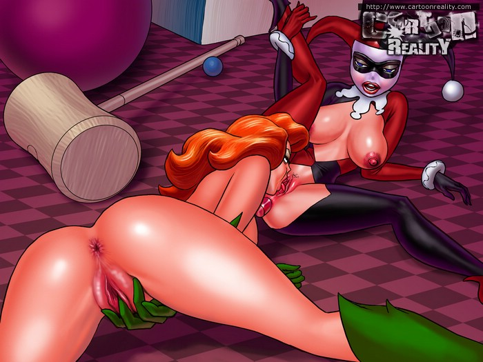 Nasty toon hotties don't mind their tight holes being - Picture 2
