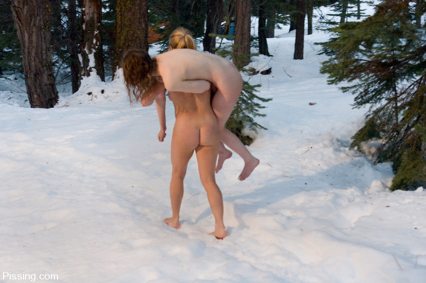 naked peeing in the snow pics