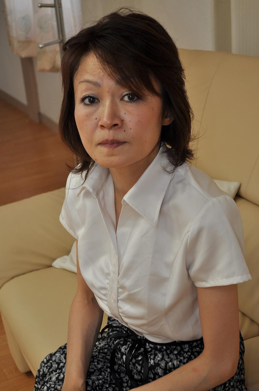 Grannies horny japanese