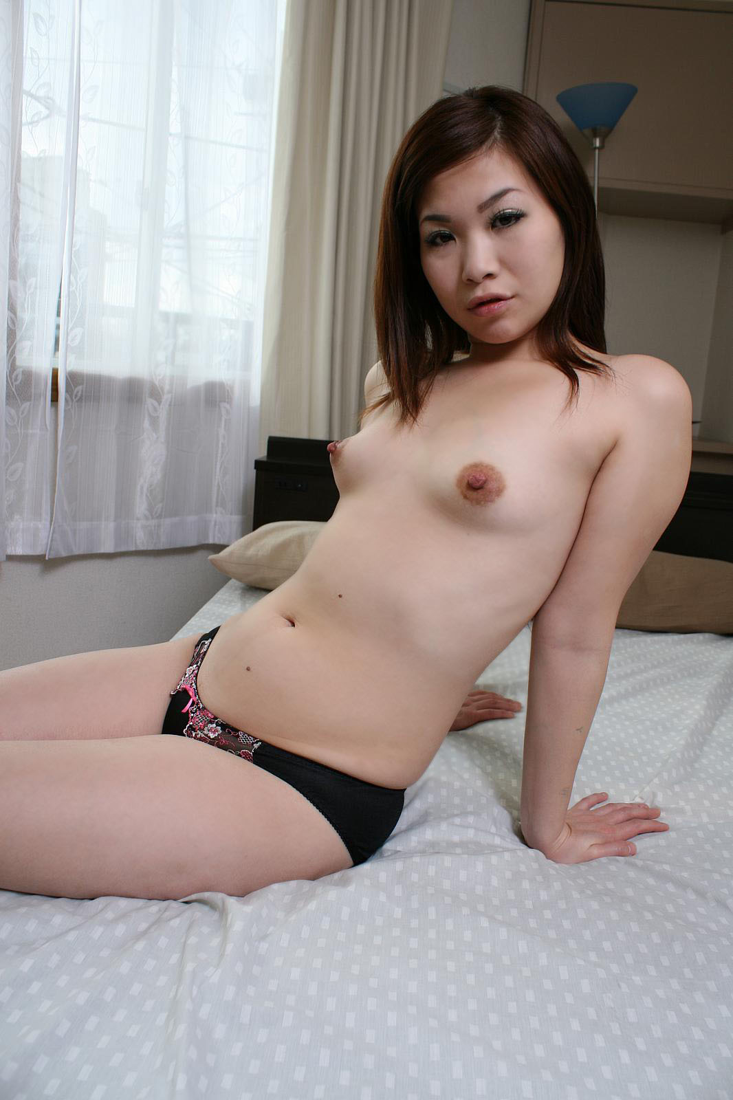 Very babe milf asian hairless pussy