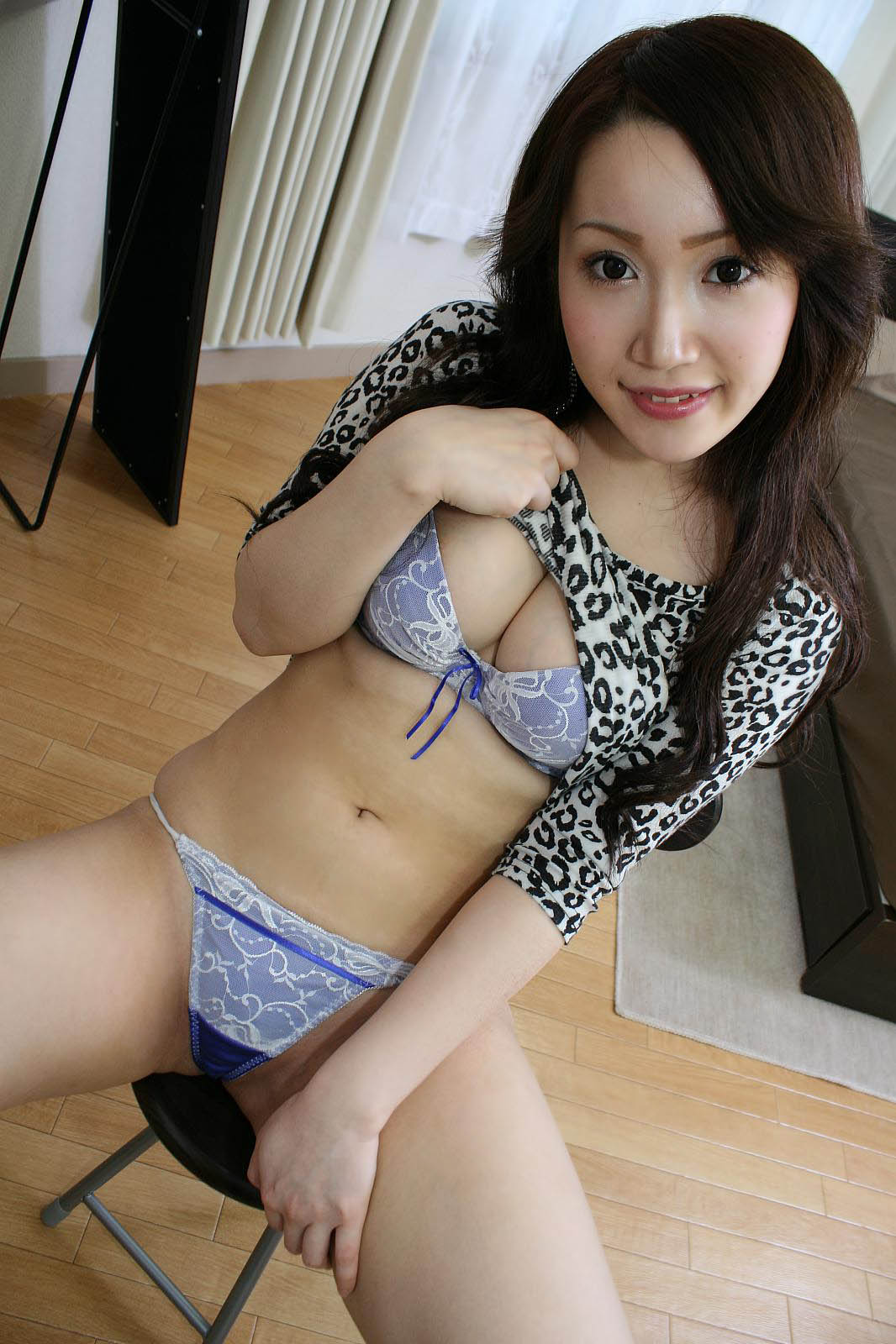 women-kashmir-torrent-japanese-hot-teen-gives-free