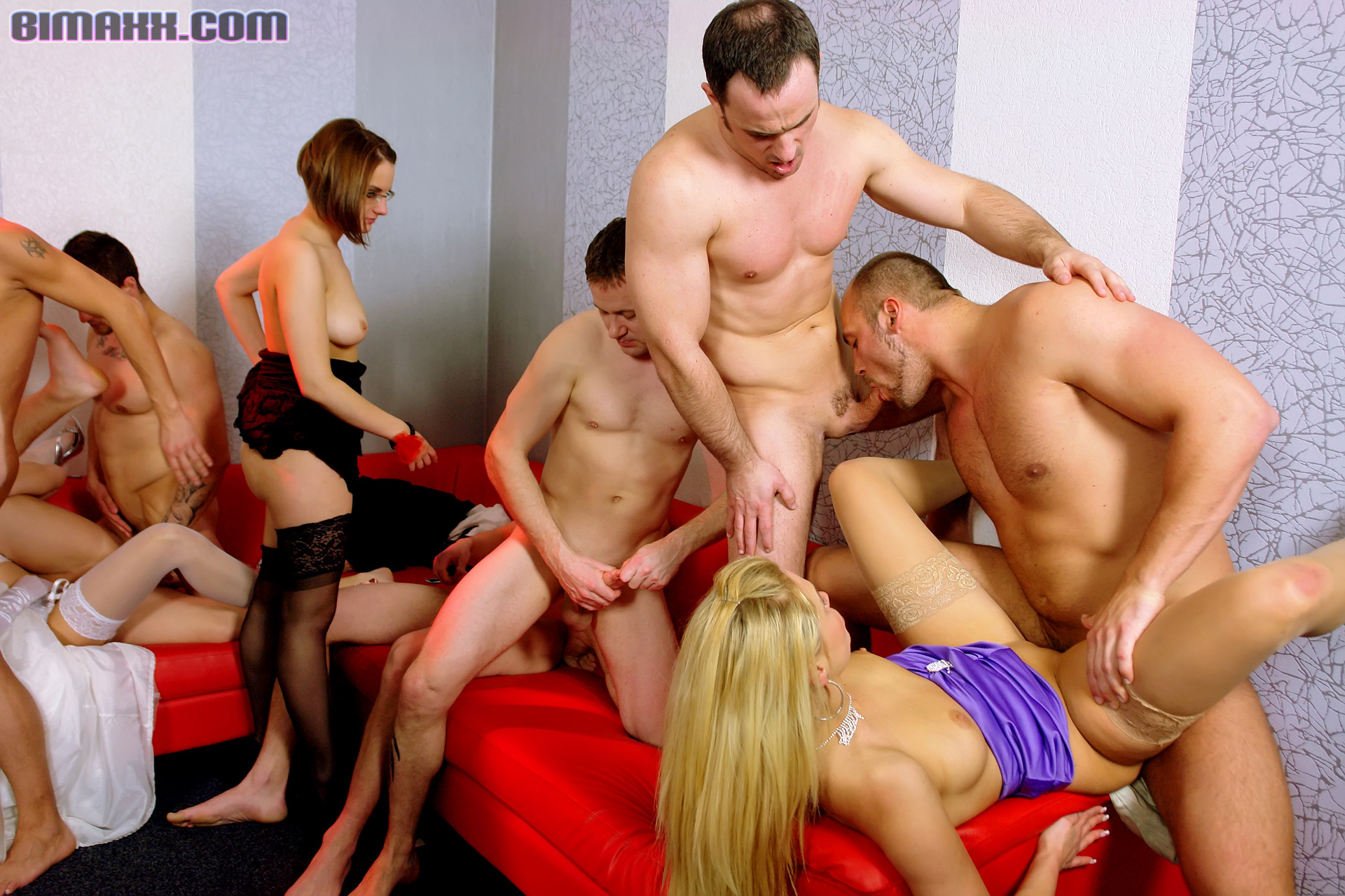 gruppovoe-porno-video-biseksualov