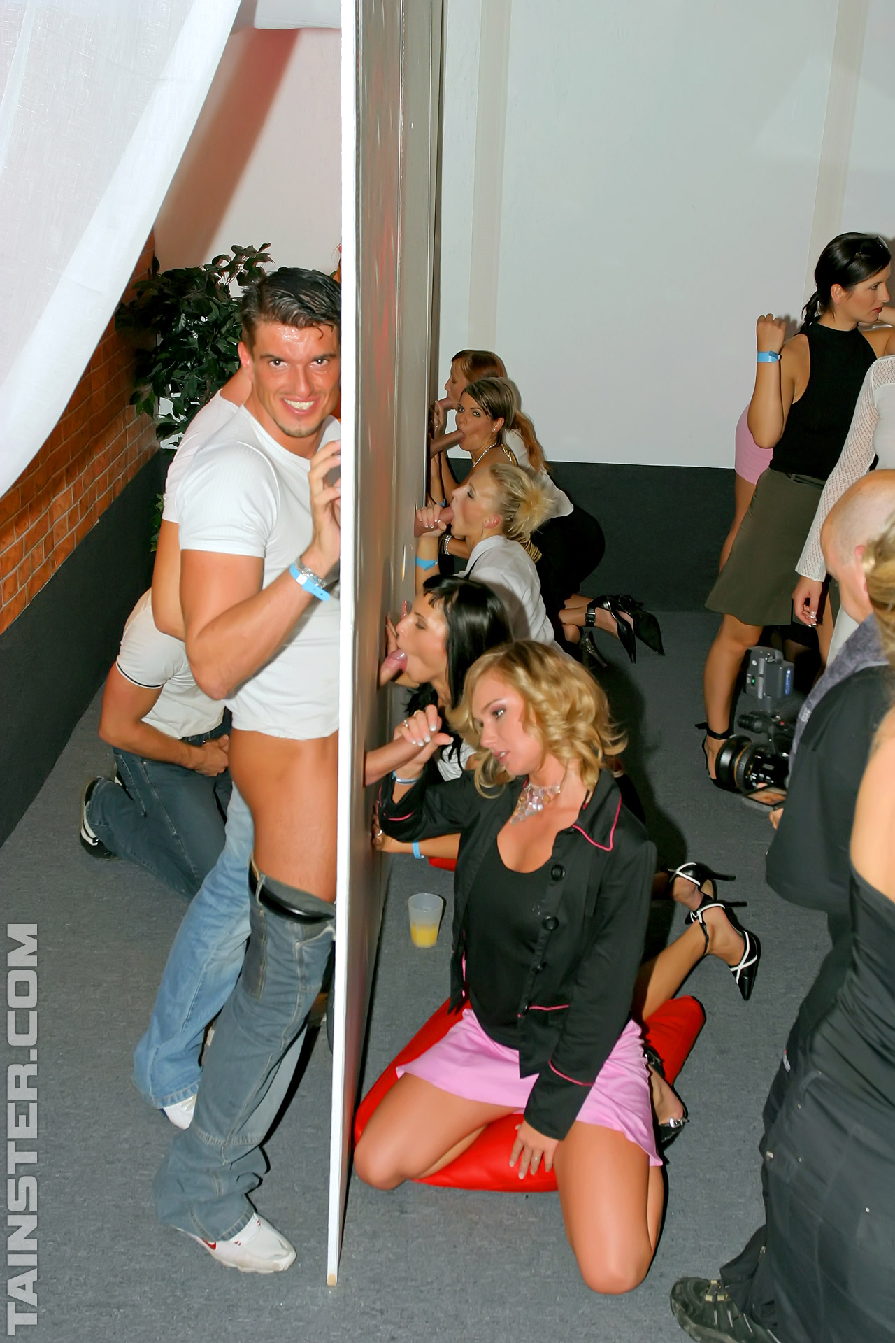 crossdressers glory holes and orgies - naked images