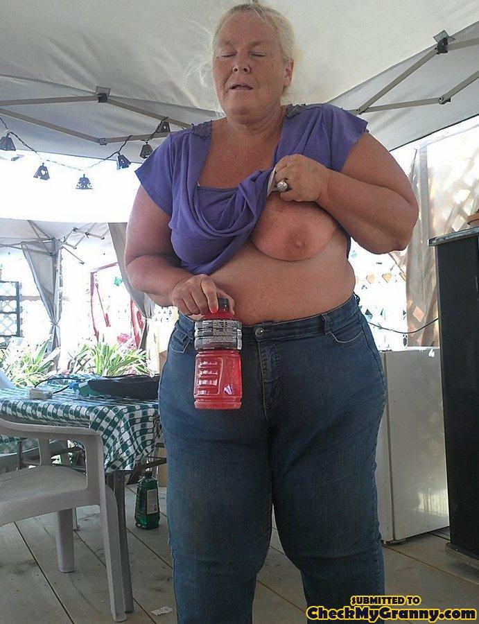 naked fat amateur grannies