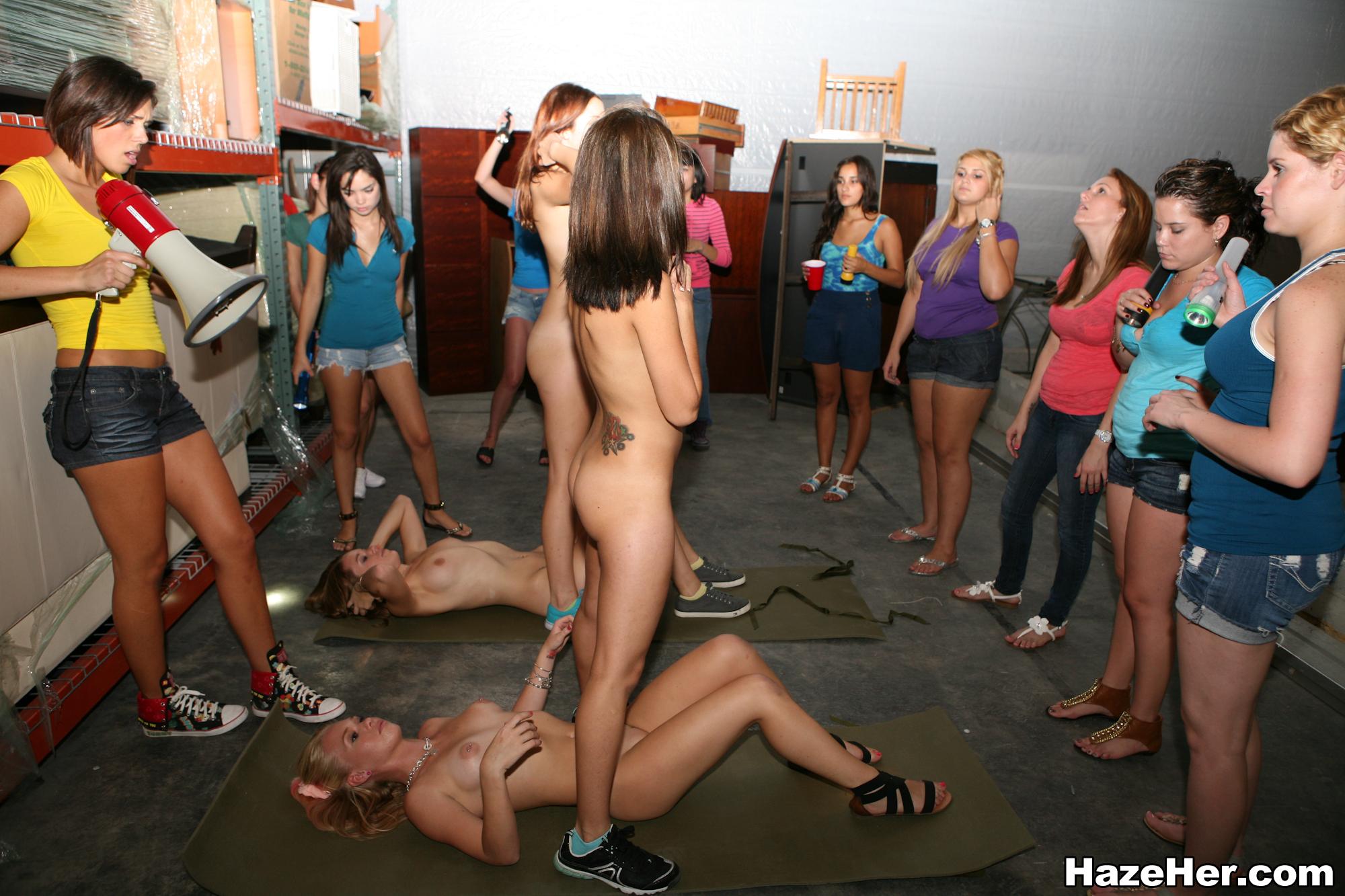 Girls nude sized fun