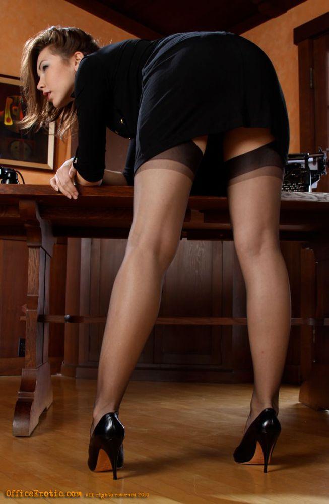 Порно в офисах питера фото 28-283