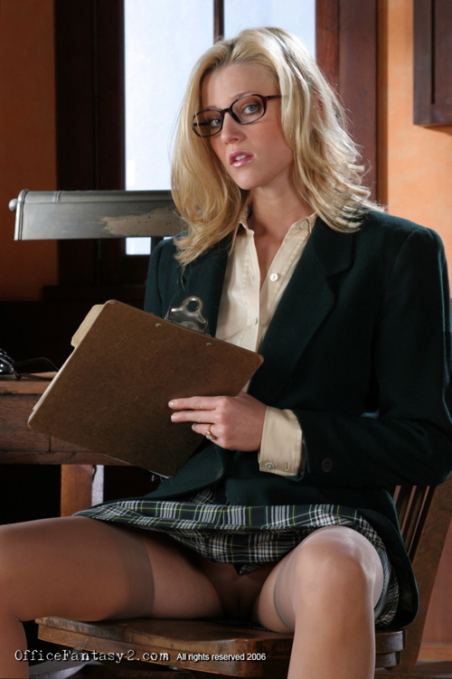 Lovely blonde secretary in glasses, - Sexy Women in Lingerie - Picture 5