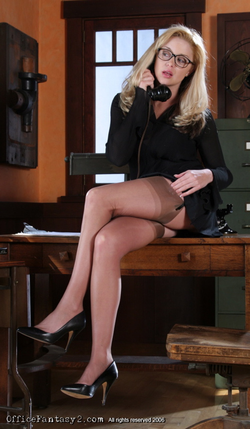 Boss in pantyhose gets what she wants - 3 part 9