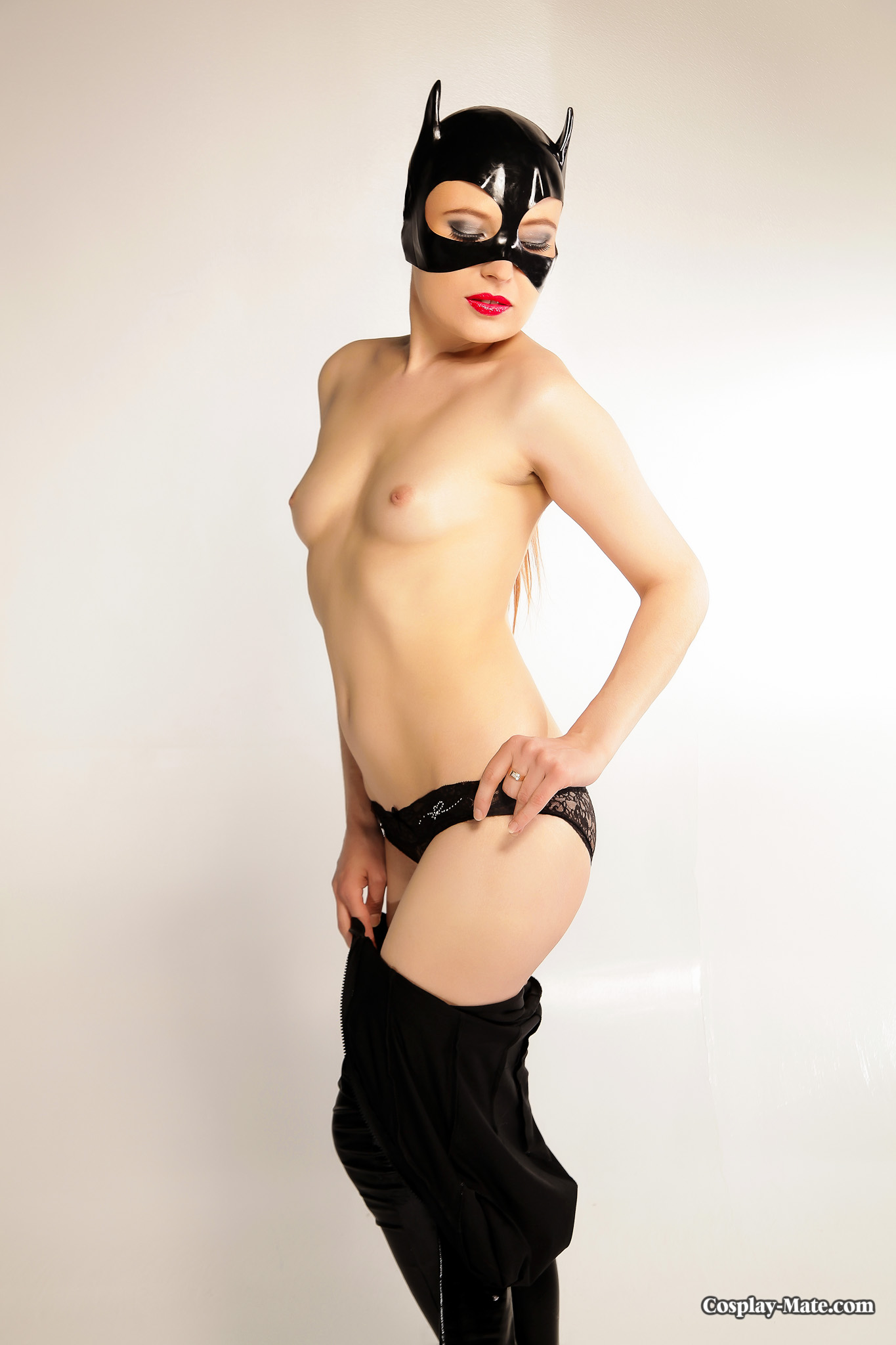 Shame! blonde in sexy catwoman suit apologise