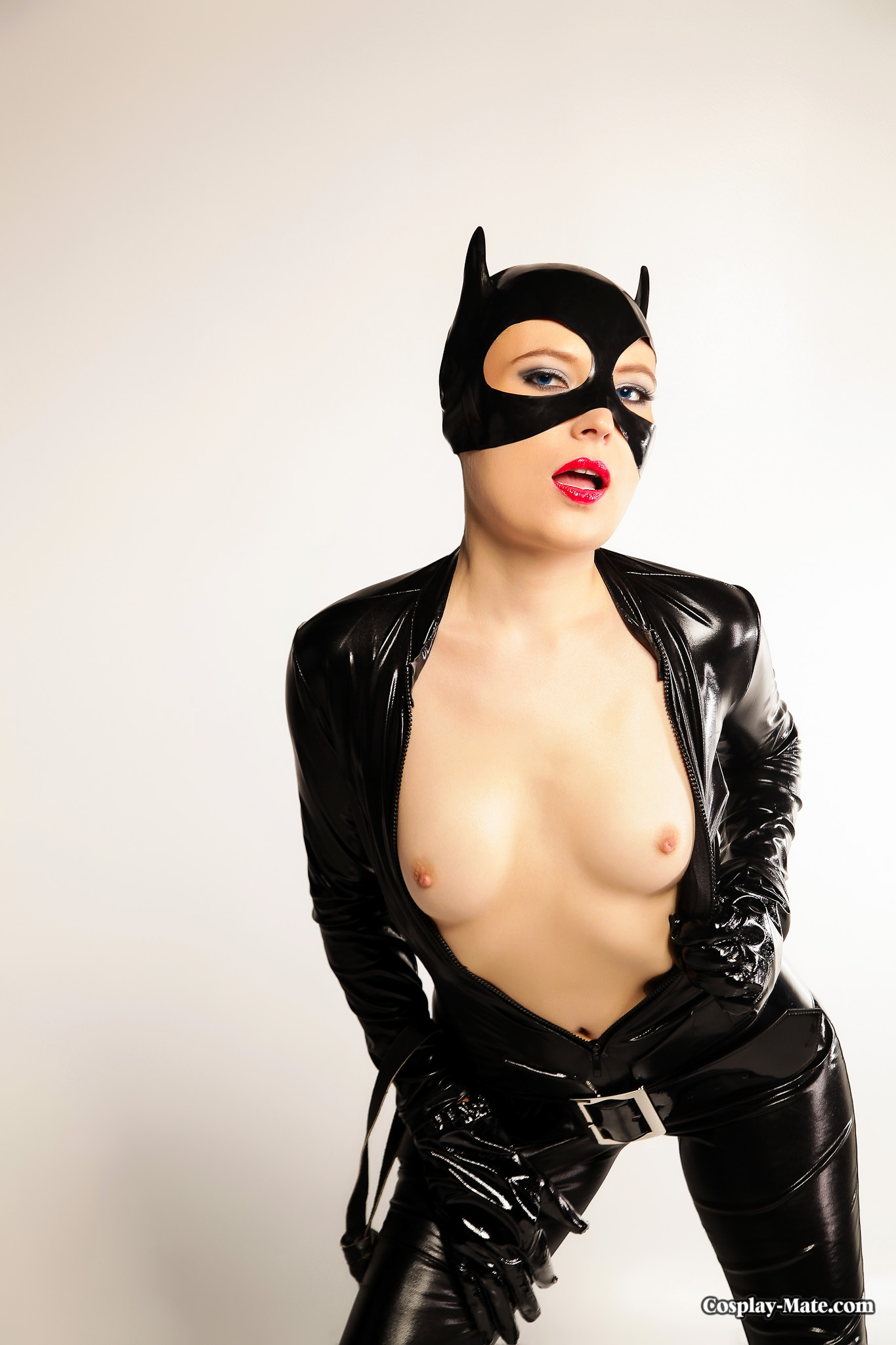 Sexy hot nude catwomen doing women sexy images