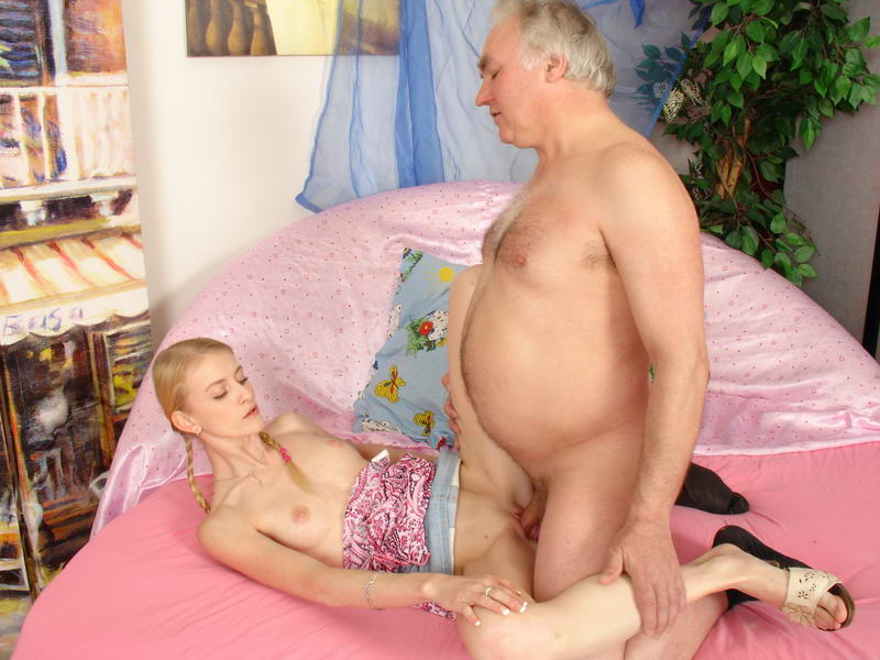 Girl having sex with grandpa