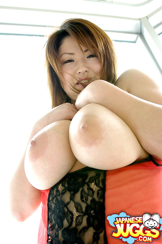 Japan big nude busty girls
