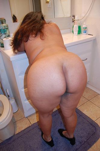 Big Ass Tranny Bareback