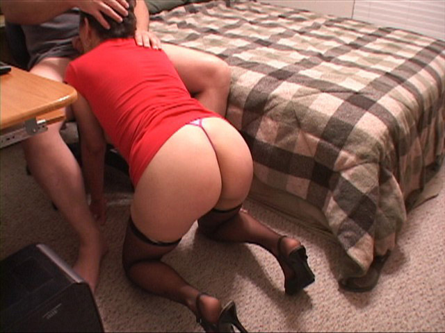Wife has first lesbian experience 7