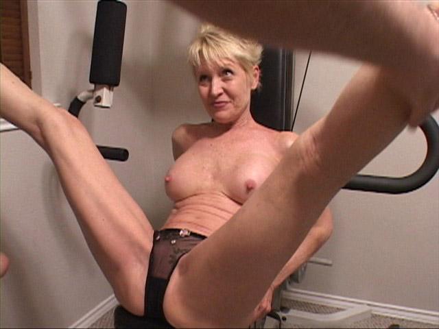Mature sucks in gym