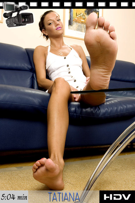 More feet in sexy shoes, feet in - Sexy Women in Lingerie - Picture 4