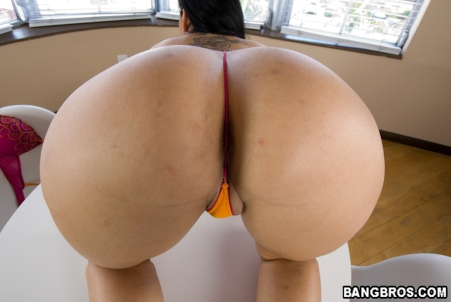 olivia olovely ass parade