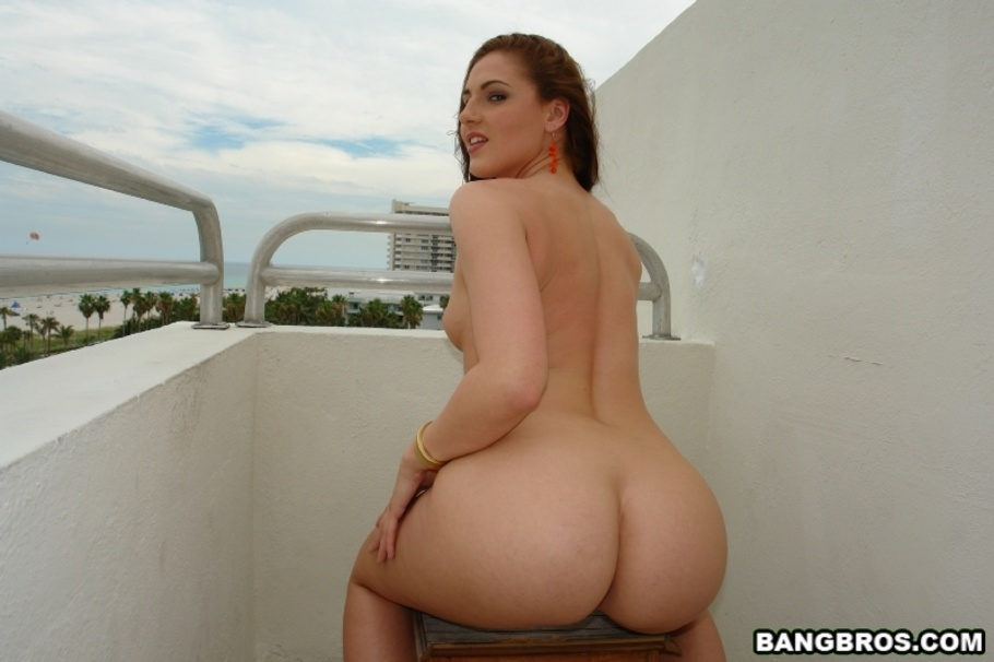 liz vicious bound nude