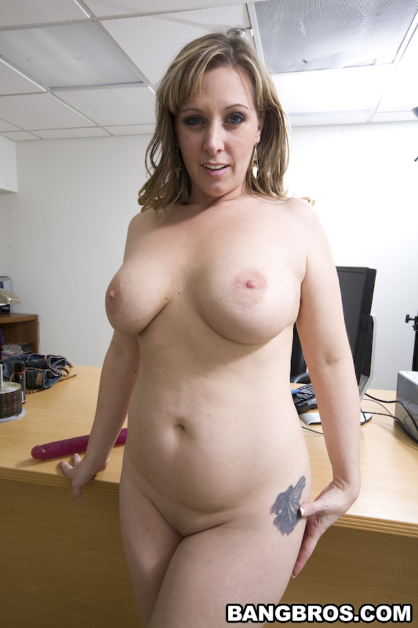 Milf with tight body india summer