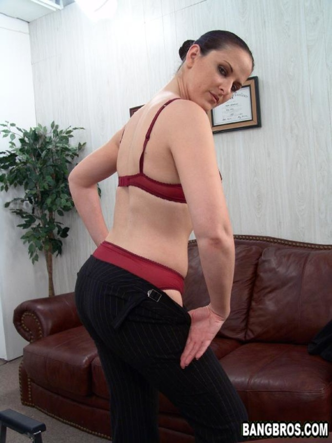 Caroline pierce blowjob