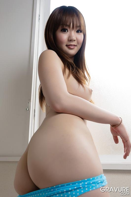 Hairy asian pussy lips