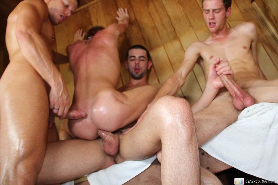 фото геев в сауне порно