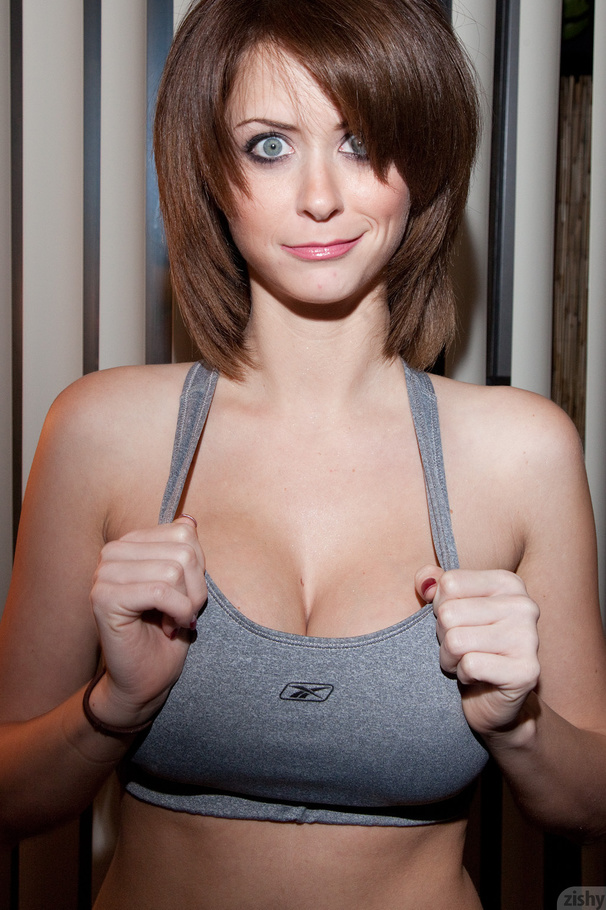 Collection Girls With Huge Juggs Pictures - Amateur Adult Gallery