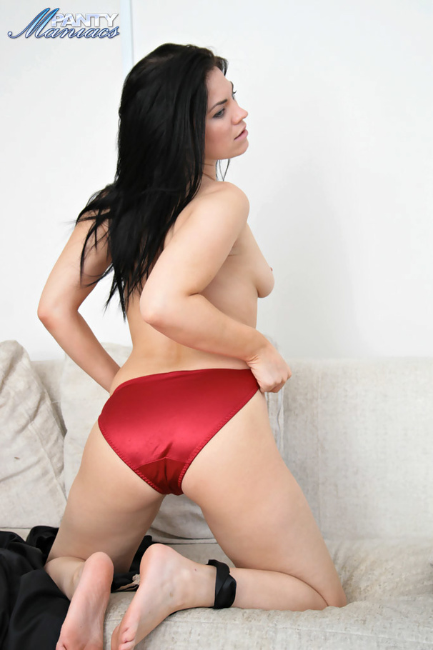 mom in panty porn Deeply unprofessional cure  XXX photo shoot.