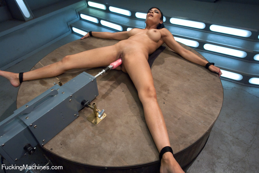Ebony Fucking Machines Bondage