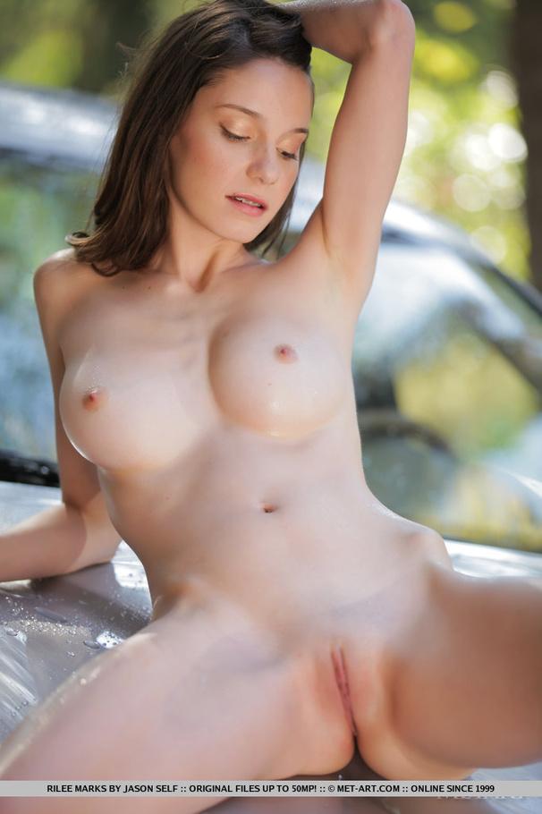 aussie bdsm beautiful breasts porn