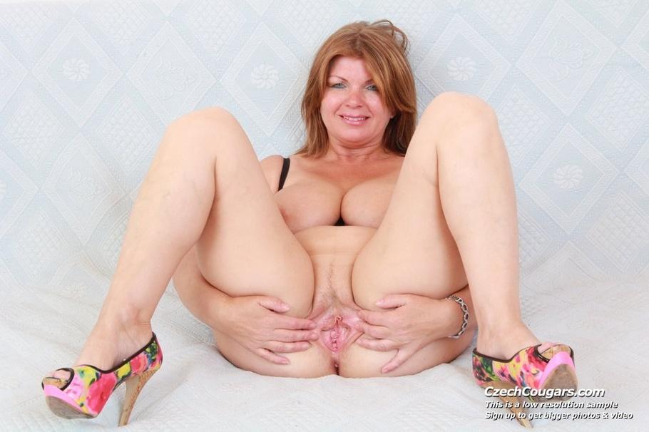 momma with big tits spreads legs to show pussy   xxxonxxx   picture 12