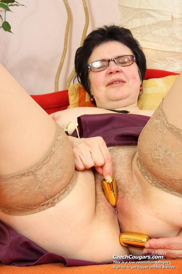 Horny grandma pussy