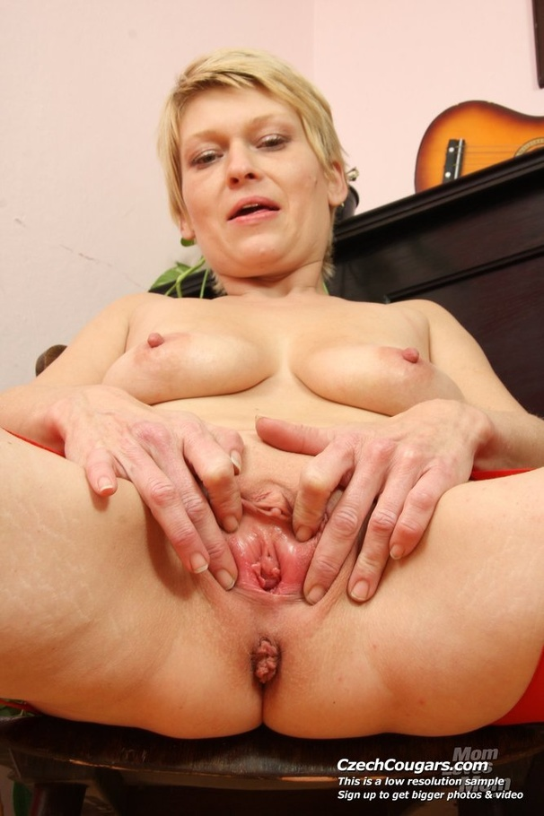 Pity, Short blond hair milf naked