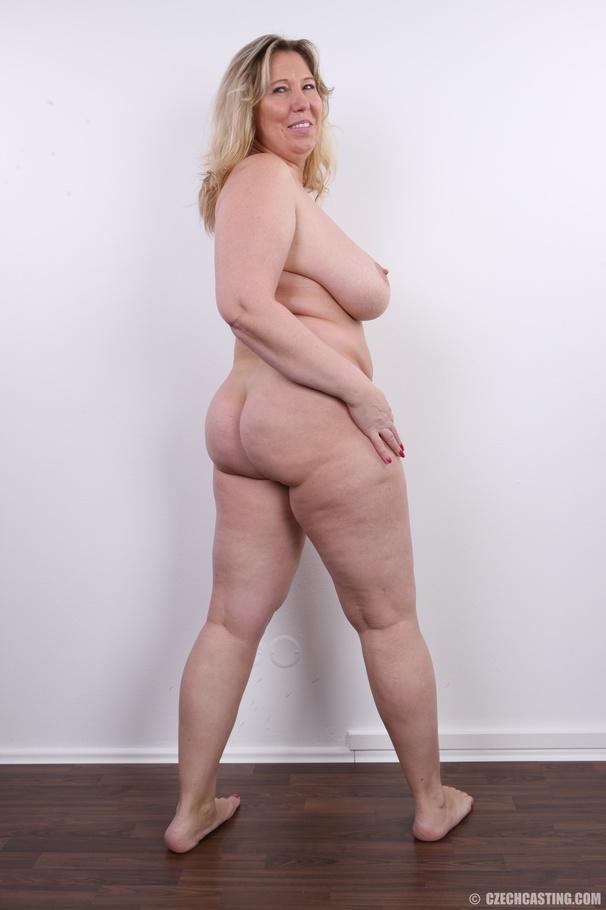 Boy in underwear fetish pic