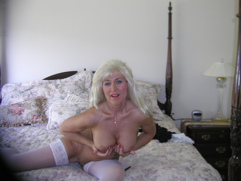 Cougar Milf Katia From United States - YOUX.XXX