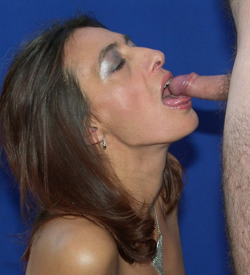 Swallowing cum blow jobs