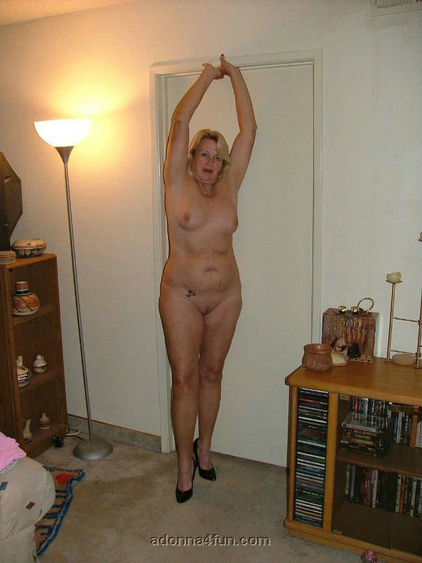 Granny Adonna From United States Just Nude - YOUX.XXX