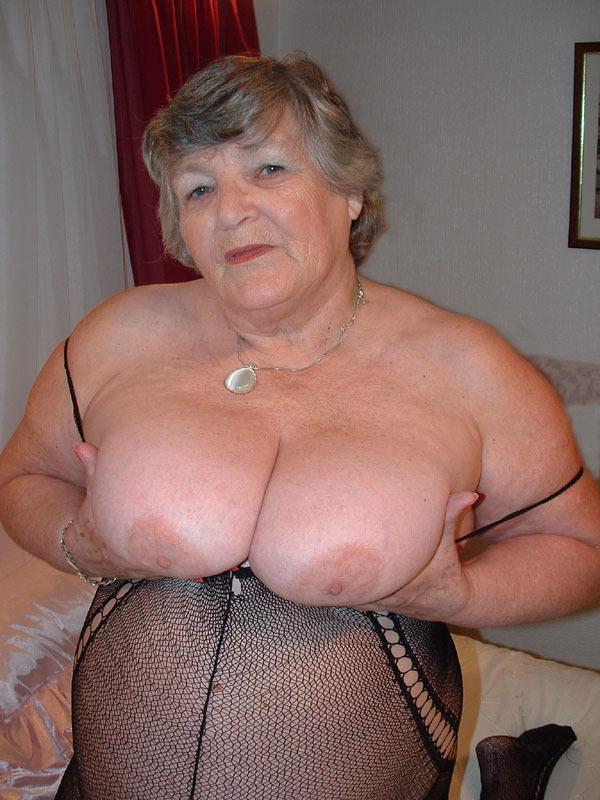 Granny Pantyhose Grandma Libby From United Kingdom - YOUX.XXX
