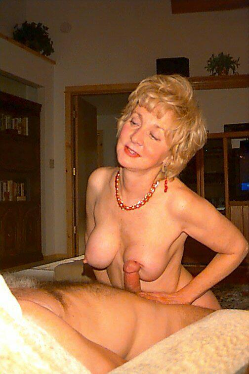 Opinion Elegant mature grannies porn images can not