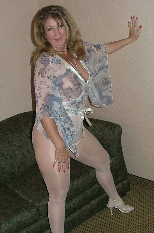 Beverly dangelo naked pussy