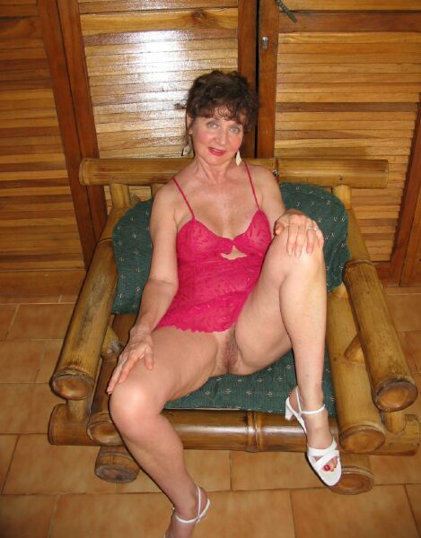 Granny Classy Carol From United States Porn Star Glamour ...