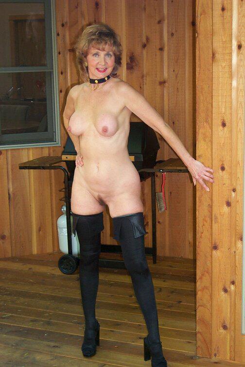 Nude granny mature elegant