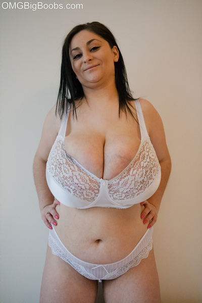 Chubby mega mom
