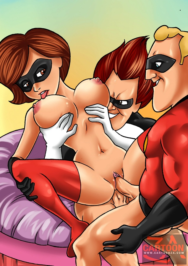 Sexy Elastic girl rides Frozone before gang - Cartoon Sex - Picture 2