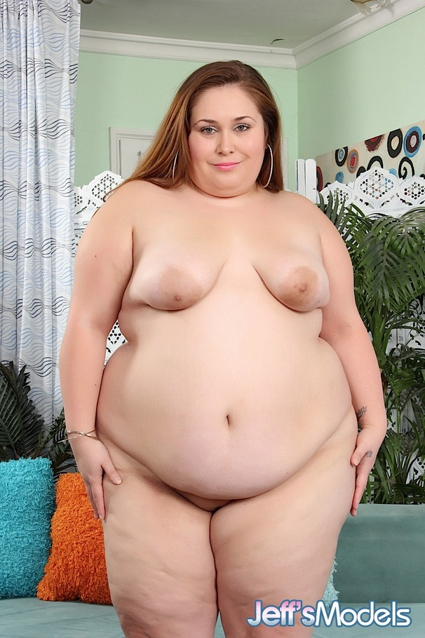 Extremely huge sbbw brunettes wrestle naked 6