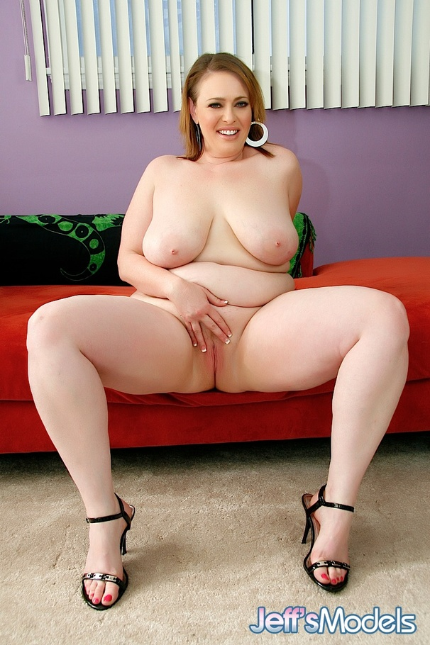 A lovely fat granny squirts 10